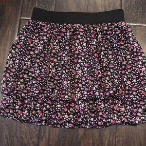 NWT. Express flower skirt
